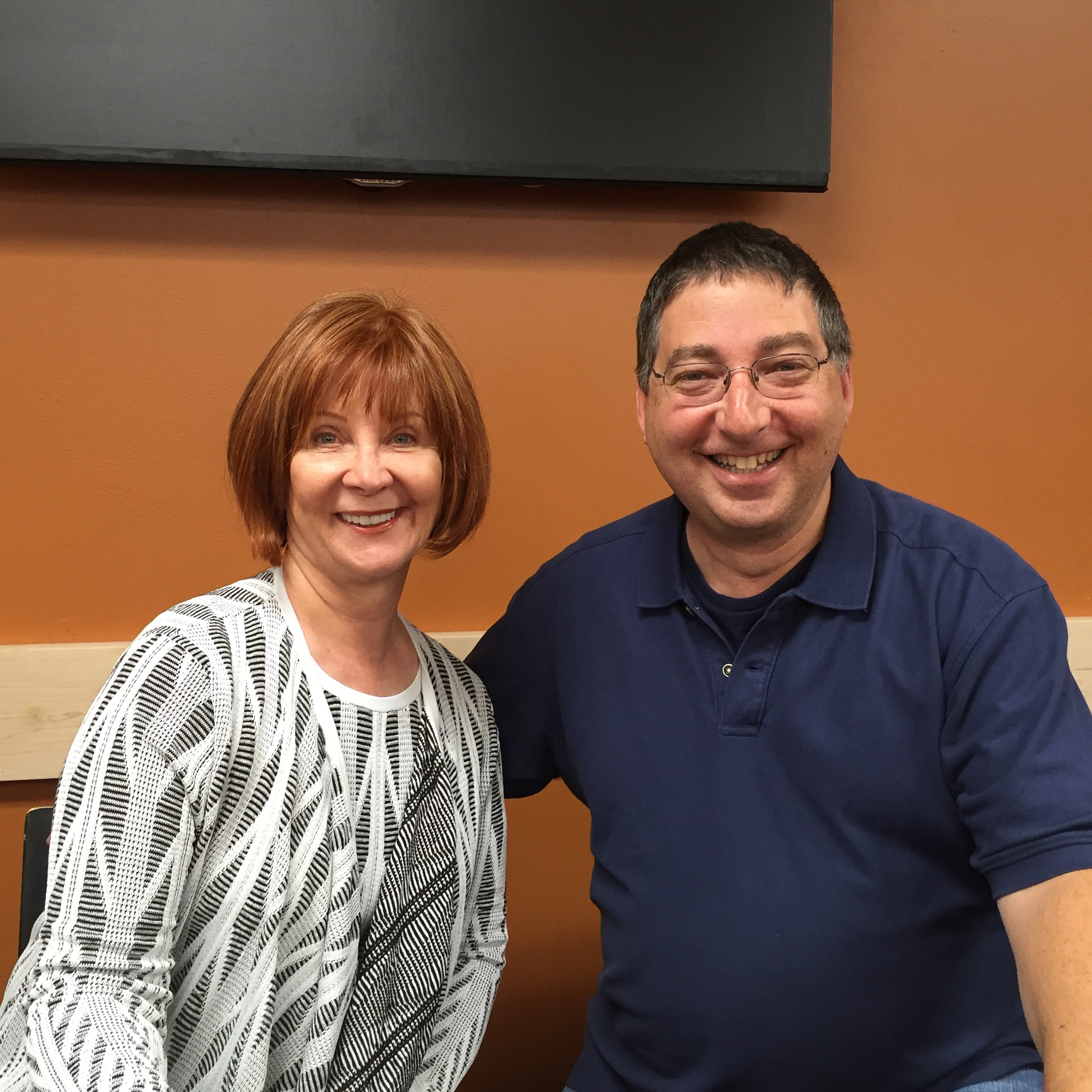 Janet Evanovich and Lee signing their book THE PURSUIT at Mysterious Galaxy on pub day: June 21, 2016