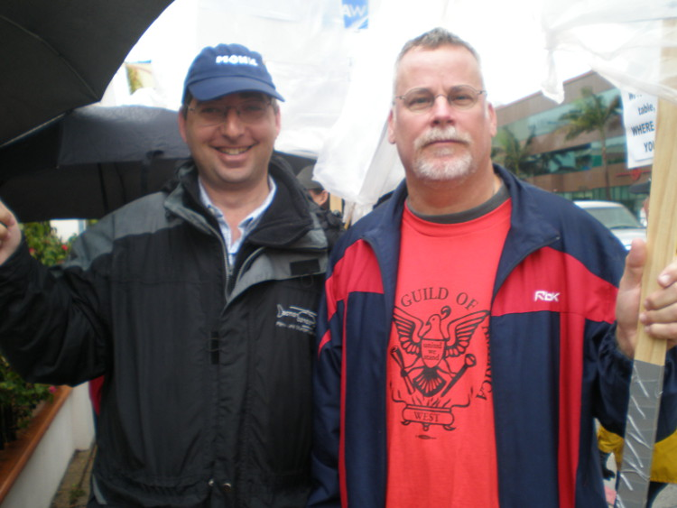 Lee Goldberg & Michael Connelly walking the picket line during the writer's strike