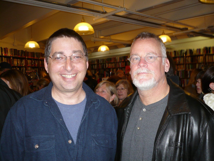 Lee Goldberg and Michael Connelly at Los Angeles Mystery Bookstore
