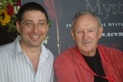 Lee Goldberg and Gene Hackman at the International Mystery Writers Festival